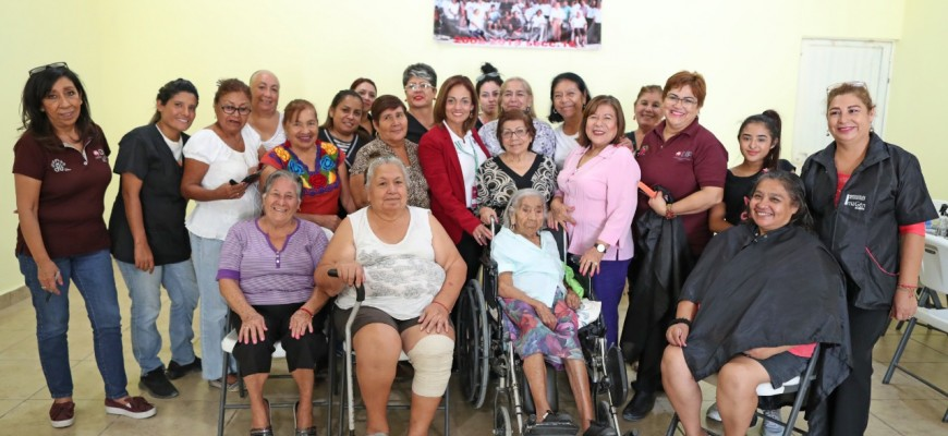 Club de abuelitos recibe servicios asistenciales de DIF Matamoros